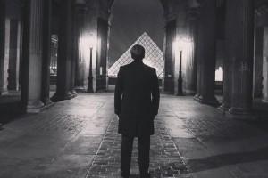 Macron pyramide