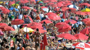 BRAZIL-RIO-WINTER-HEAT
